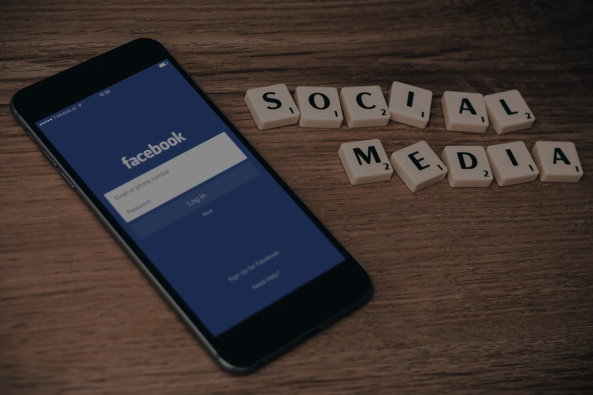 Social Ministry: 4 Reasons Why Your Church Should Be Social Media